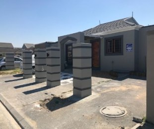 R 1,920,000 - 3 Bed Property For Sale in Goodwood Park