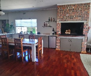 R 2,650,000 - 3 Bed House For Sale in Cape Town North - Parow-Goodwood