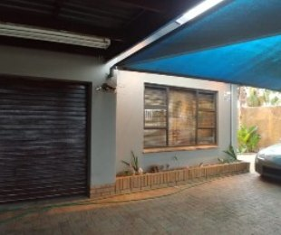 R 2,345,000 - 3 Bed Property For Sale in Goodwood