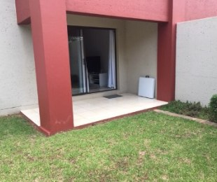 R 950,000 - 1 Bed Flat For Sale in Fourways