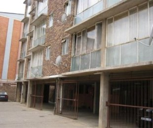 R 298,000 - 1 Bed Flat For Sale in Sunnyside