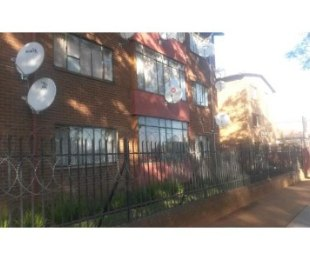 R 480,000 - 2 Bed Flat For Sale in Pretoria West