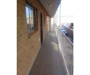 R 410,000 - 1 Bed Flat For Sale in Pretoria West