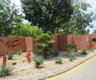 R 7,300 - 3 Bed Apartment To Rent in North Riding