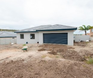 R 1,990,000 - 3 Bed Home For Sale in Seemeeu Park