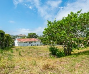 R 495,000 -  Plot For Sale in Lower Robberg