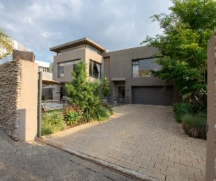 R 8,800,000 - 4 Bed House For Sale in Woodmead