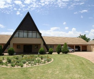 R 4,500,000 - 4 Bed House For Sale in Farmall