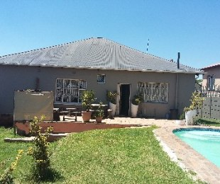R 1,150,000 - 4 Bed House For Sale in Kensington