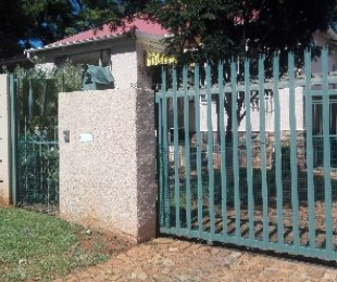 R 1,300,000 - 3 Bed Home For Sale in Kensington