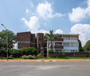 R 969,000 - 2 Bed Flat For Sale in Northcliff