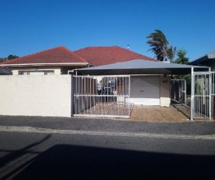 R 1,750,000 - 5 Bed House For Sale in Cape Town North - Parow-Goodwood