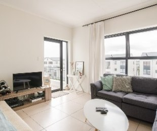 R 1,195,000 - 1 Bed Flat For Sale in Somerset West