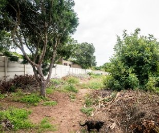 R 1,050,000 -  Plot For Sale in Mossel Bay Central