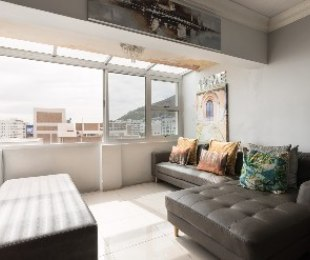 R 3,350,000 - 3 Bed Flat For Sale in Sea Point