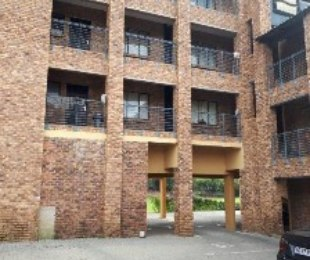 R 4,700 - 2 Bed Flat To Rent in Discovery
