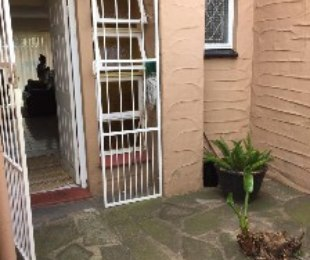 R 955,000 - 3 Bed Property For Sale in Glenwood