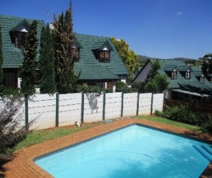R 870,000 - 2 Bed Flat For Sale in Weltevreden Park