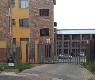 R 4,100 - 1 Bed Flat To Let in Discovery