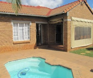R 1,250,000 - 3 Bed Property For Sale in Equestria