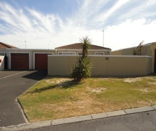 R 10,500 - 2 Bed Home To Rent in Sunningdale