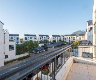 R 1,595,000 - 2 Bed Apartment For Sale in Firgrove