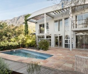 R 16,500,000 - 3 Bed House For Sale in Fresnaye