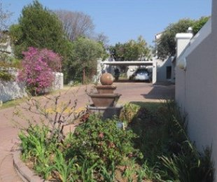 R 1,100,000 - 2 Bed Apartment For Sale in Kelland