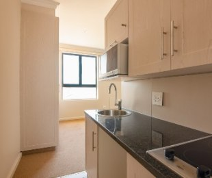 R 518,000 - 1 Bed Flat For Sale in Hartenbos