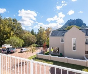 R 2,650,000 - 3 Bed Home For Sale in Kylemore