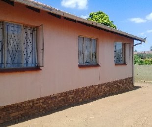 R 390,000 - 3 Bed House For Sale in Morula View