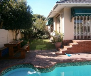 R 2,750,000 - 4 Bed Home For Sale in Plumstead