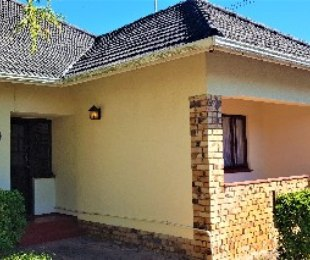 R 2,395,000 - 3 Bed Property For Sale in Plumstead