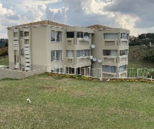 R 580,000 - 2 Bed Apartment For Sale in Discovery