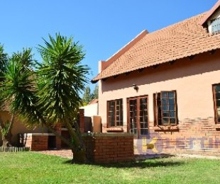 R 10,450 - 3 Bed Property To Rent in Equestria