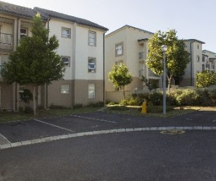 R 730,000 - 2 Bed Apartment For Sale in Kraaifontein