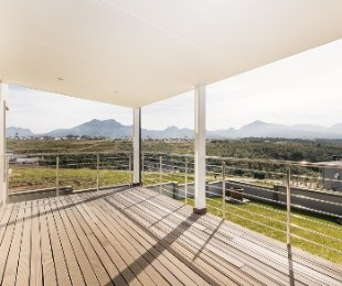 R 3,200,000 - 3 Bed Home For Sale in George