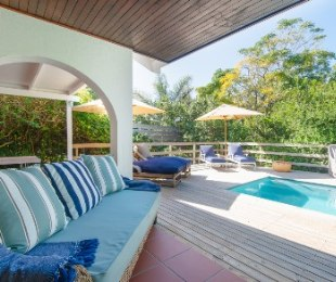 R 4,400,000 - 5 Bed Property For Sale in Seaside Longships