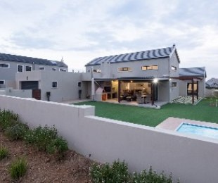 R 5,300,000 - 3 Bed House For Sale in Somerset West