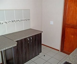 R 5,500 - 2 Bed Apartment To Rent in Auckland Park
