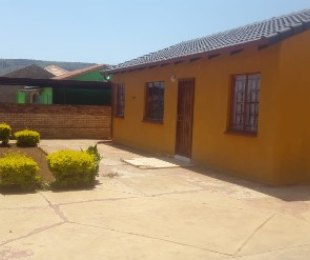 R 753,000 - 3 Bed House For Sale in Mahube Valley