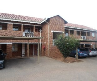 R 490,000 - 2 Bed Apartment For Sale in Pretoria West