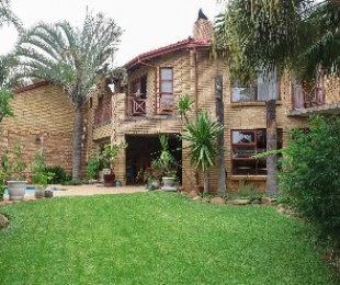 R 3,400,000 - 4 Bed Home For Sale in Faerie Glen