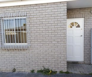 R 8,950 - 2 Bed Flat To Rent in Bloubergrant