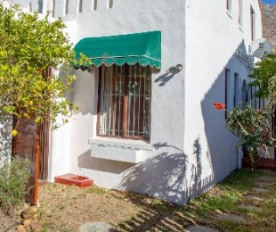 R 1,850,000 - 3 Bed Property For Sale in Muizenberg