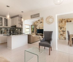 R 2,950,000 - 3 Bed House For Sale in West Beach