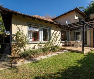 R 1,995,000 - 4 Bed Home For Sale in Broadacres