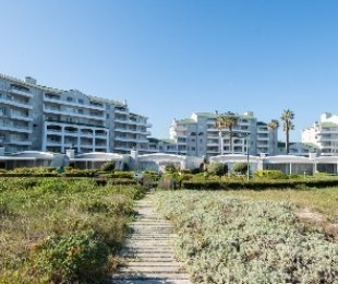 R 2,050,000 - 2 Bed Flat For Sale in Greenways Golf Estate