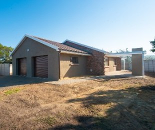 R 1,750,000 - 3 Bed House For Sale in Tergniet