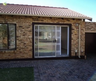 R 650,000 - 3 Bed Property For Sale in Krugersdorp North